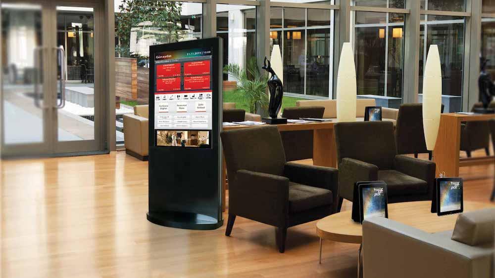 Otellerde interaktif dokunmatik ekran uygulaması